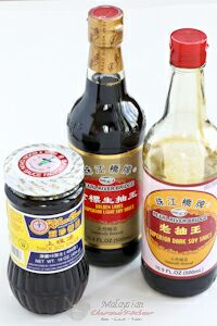 Light and dark soy sauce