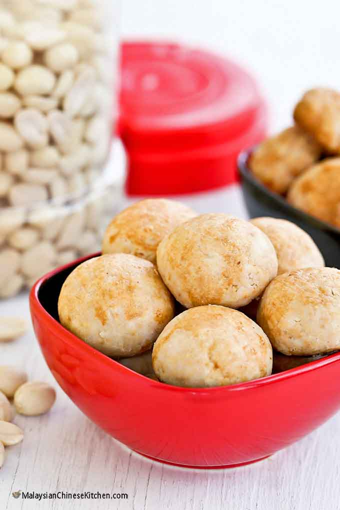 Melt-in-the-mouth Chinese Peanut Cookies made using rice flour.