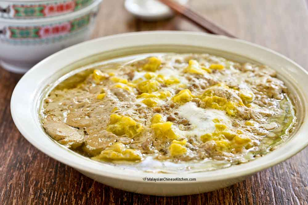 Comforting and delicious Steamed Pork with Salted Eggs.