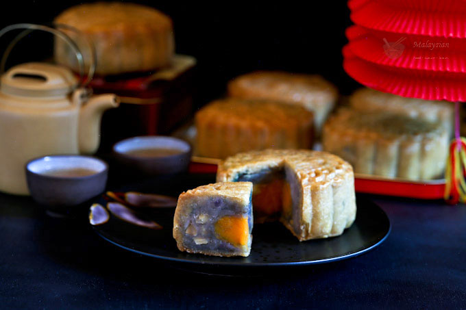 Purple Yam Mooncakes
