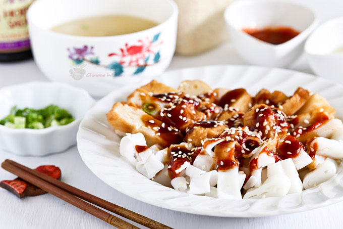 Easy to put together Kuala Lumpur Style Chee Cheong Fun using prepackaged ingredients. So delicious and it takes only 20 minutes to prepare.   MalaysianChineseKitchen.com
