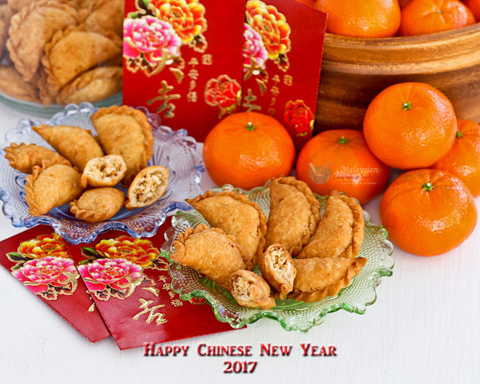 Kok Chai (Mini Peanut Puffs) are a traditional Chinese New Year snack prepared to symbolize abundant wealth. They are sweet, crunchy, and fun to eat. | MalaysianChineseKitchen.com