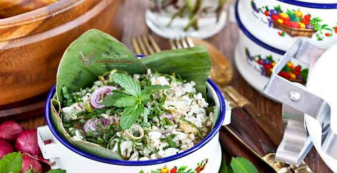 Nasi Ulam - a Nyonya Herb Rice packed with fish flakes, kerisik, and aromatic herbs. Delicious eaten on its own or with other main and side dishes. | MalaysianChineseKitchen.com