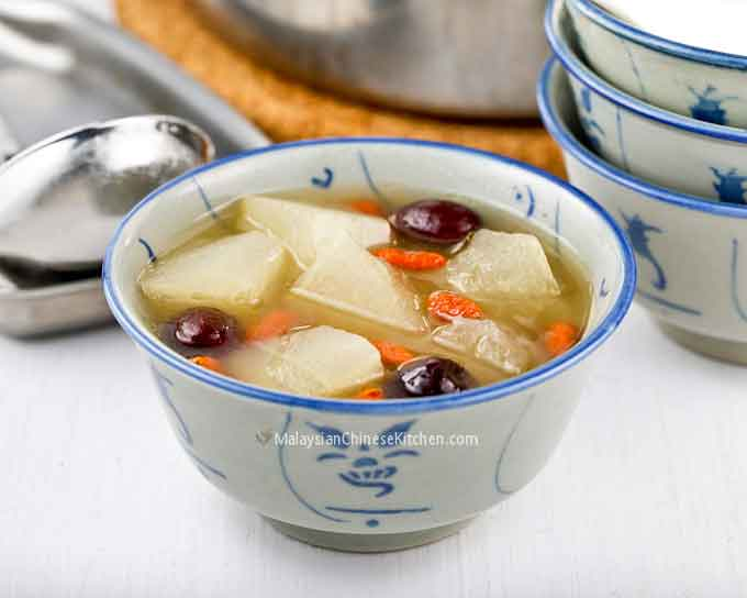 Winter Melon Soup (Tong Kua Tong) is a soothing and nutritious soup with cooling properties. Perfect on a warm day but just as comforting on a cool day. | MalaysianChineseKitchen.com