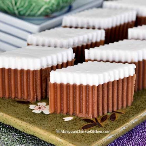 This Milo Santan Agar-agar is a layered jelly made with Malaysia's most popular chocolate malt drink and coconut milk. A dessert perfect for any occasion. | MalaysianChineseKitchen.com #milo #agar #jelly #coconutmilk