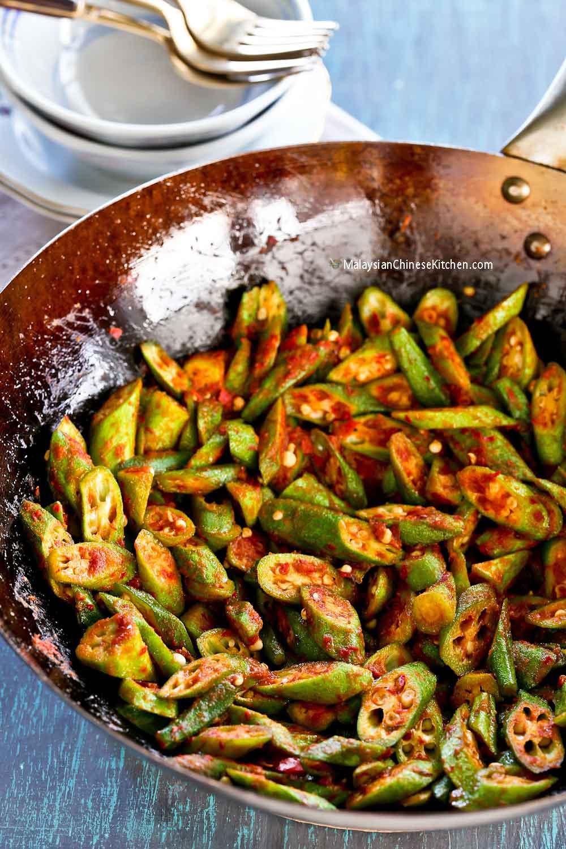 Super tasty Bendi Goreng Belacan (Okra Belacan Stir Fry) in a wok.