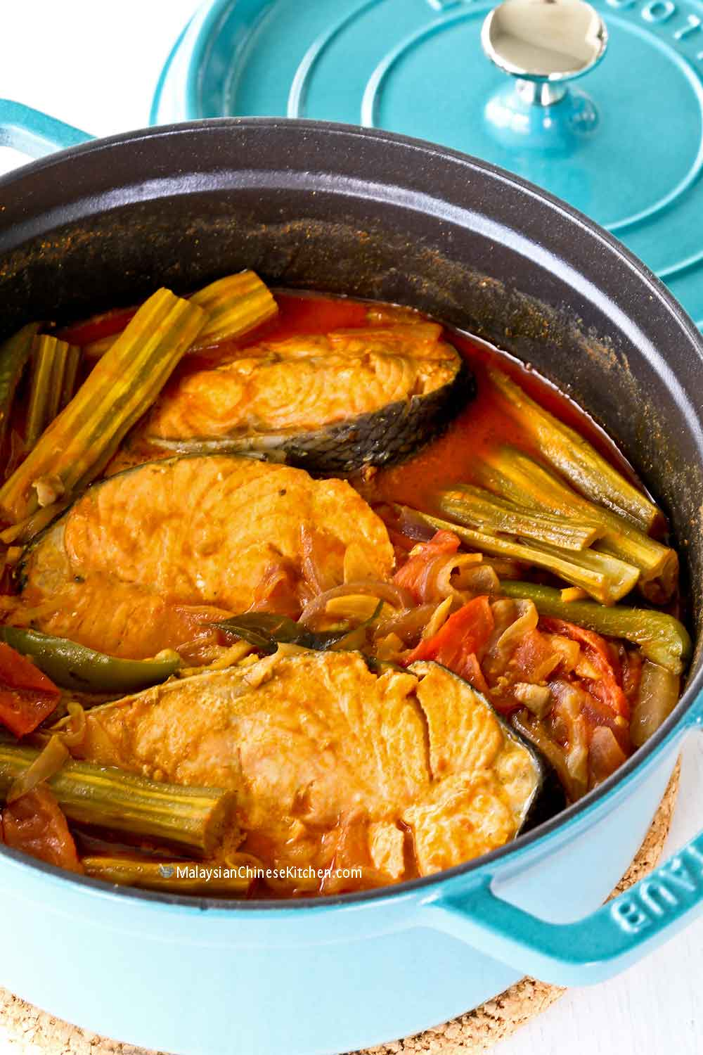 Freshly cooked Drumstick Fish Curry.
