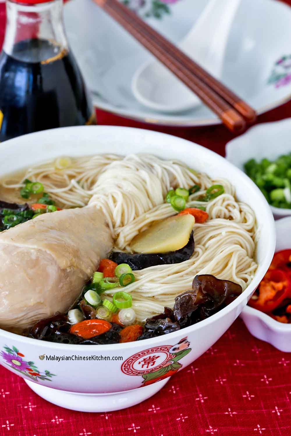 Ginger Wine Chicken Mee Suah suitable for postpartum confinement.