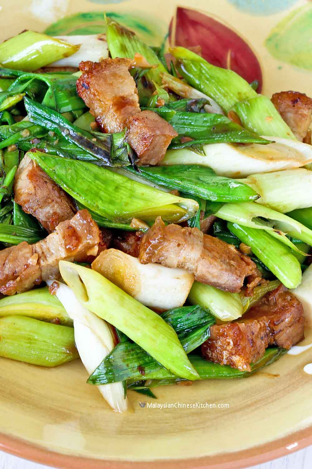 Stir Fry Leeks with Roast Pork Belly, only 20 minutes to prepare.